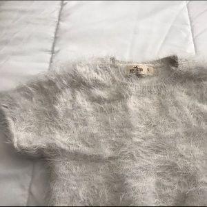 Hollister white fuzzy short sleeve crop top